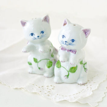 Vintage Salt and Pepper Shakers White Cats with Violets