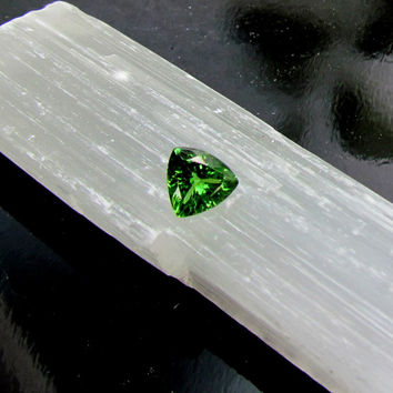 Tsavorite Garnet AA Triangle Shape for Fine Engagement Ring and Fine Jewelry January Birthstone Gemstone