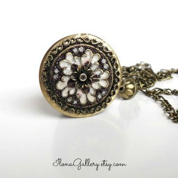 Victorian Era Filigree Locket-Brass Locket-Victorian Style Lockets-Picture Locket-Photo Locket-Antique Locket-Wedding Jewelry-Bridal Locket