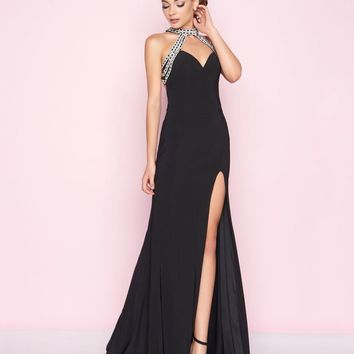 Mac Duggal - 77416L Beaded Choker Neck Jersey Fitted Gown