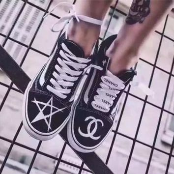 """Chanel x Vans"" Unisex Personality Graffiti Stripe Classic Plate Shoes Couple Casual Skateboard Shoes Sneakers"