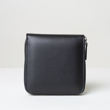 The Square Zip Wallet