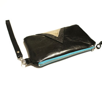 Metallic Leather Wristlet // Art Deco Wallet Purse // Black Gold Geometric Clutch // Christmas Gift // IPhone