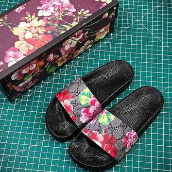 PEAP2Q Gucci GG Blooms Supreme Flower Slide Sandals