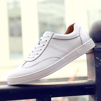 New Fashion All Seasons Board Shoes Men's Leather Casual Shoes,Look Cool Shoes,Youth Fashion Shoes Black and White colours 2016