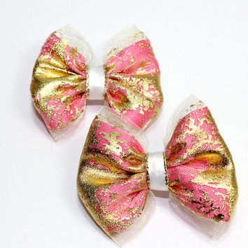 Pink and Gold Dog Bow. Great for Medium Dogs. Pink Satin Ribbon and Gold Organza Ribbon and White Satin Ribbon with Gold Trim. Metallic Gold