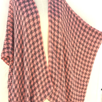 Womens Gift for Women ponchos, winter kimono Cardigan, houndstooth print, handmade autumn gifts items, best gift ideas, accessories,