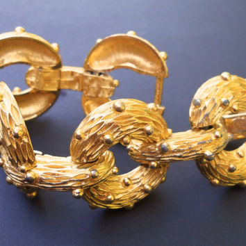 PAULINE RADER Gold Tone Bracelet, Textured Rings, Large & Heavy....Signed Vintage