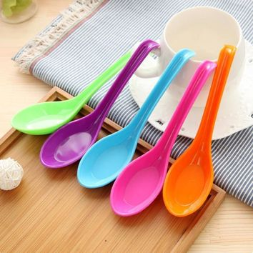 Colorful Plastic Spoon Melamine Dinner Reusable Noodle Soup Food Spoons with Hook Adults Children Kids Kitchen Tool Christmas s5