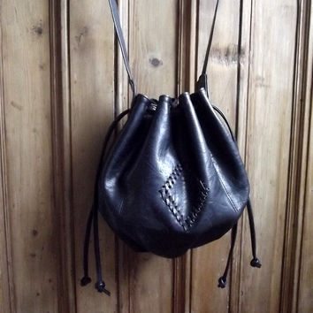Black vintage bag / slouchy pouch purse / boho bags / handbag / bohemian / folk / Dolly Topsy Etsy UK