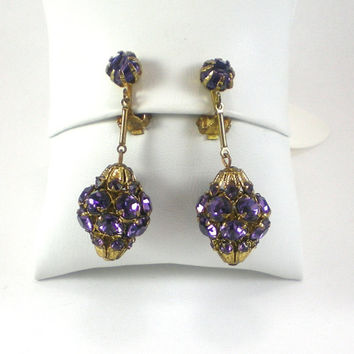 Purple Rhinestone Earrings , Vintage  Rhinestone Dangle Earrings, Amethyst Color Prong Set Rhinestone Vintage Retro Clip On Earrings