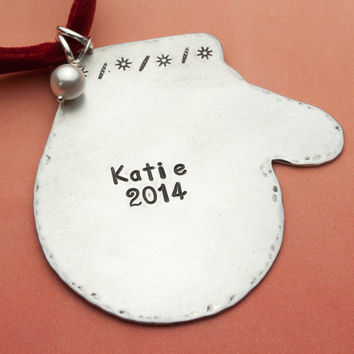 Mitten Personalized Christmas Ornament