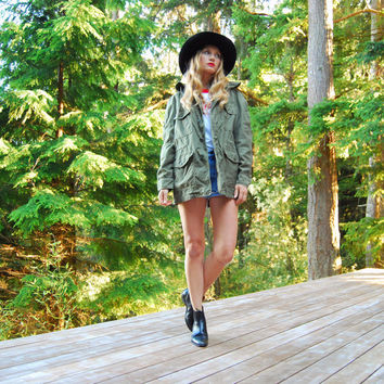Vintage Army Jacket, Olive Drab Green Hooded Cotton Camo Jacket, Oversized Cargo US Army Military Field Jacket, Hipster Grunge Jacket SMALL