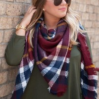 LMFUO9 Maroon Blanket Scarf
