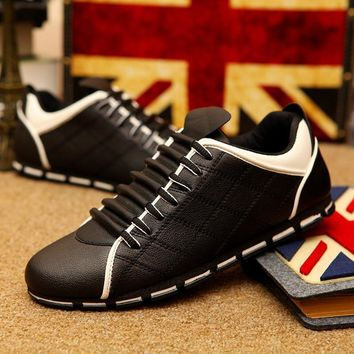Men Lazy Driving Shoes British Moccasins Lace up Soft Loafers Flat Footwear Breathable Mesh Shoes