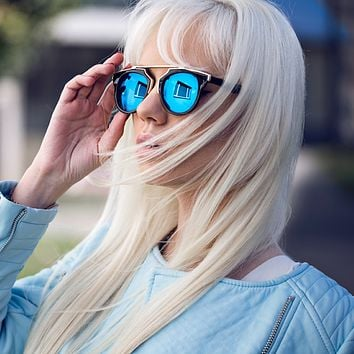 Intricately Designed Horned Rim Mirror Lens Sunglasses
