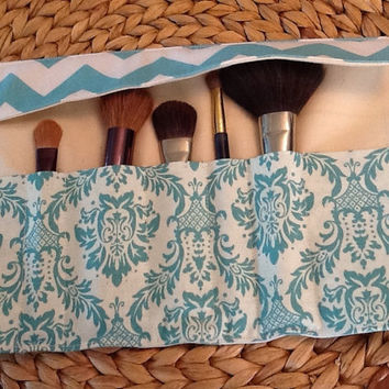 Bridesmaid Gift Make up Brush Roll Up - Bridesmaid Gift - Bridal Shower Gift - Make up Brush Holder - Travel Case