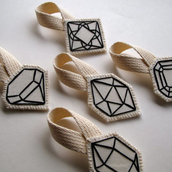 Geometric Christmas ornament hand embroidered faux gem outlined in black complete set