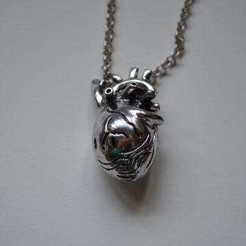 Anatomical Heart Necklace,  Silver Realistic Heart Necklace, A Perfect Geek Gift, Heart Pendant, Science Lovers Gift