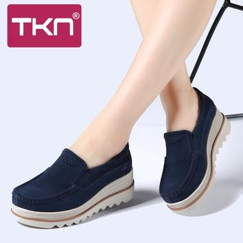 TKN 2017 Autumn Women Flats Thick Soled Platform Shoes Leather Suede Women Casual Sneakers Slip-On Flats Creepers Moccasins 3088