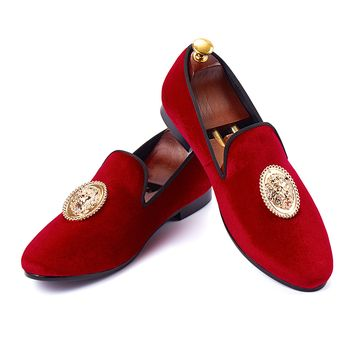 Harpelunde Men Dress Shoes With Lion Buckle Red Velvet Slippers Handmade Loafers