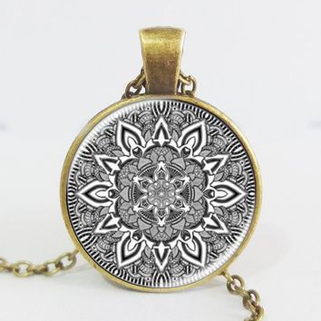 Namel mandala flower necklaces charm henna yoga pendant handmade necklace India style jewelry om symbol buddhism zen hot 2016 Antique Bronze Plated