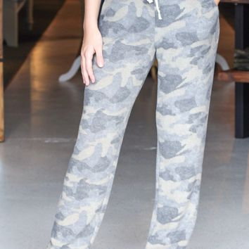 Camo Brushed Fleece Loose Fit Joggers
