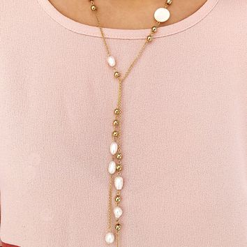 Fan Of Hers Necklace: Gold/Pearl