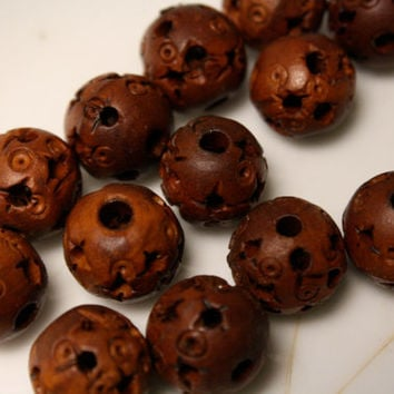 Wood Beads Pierced Carved Wood Rounds 12 mm Diameter Lot of 6 Beads