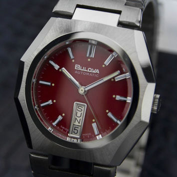 Vintage 1970's Red BULOVA N6 Automatic Stainless Steel Collectible Watch # 7003