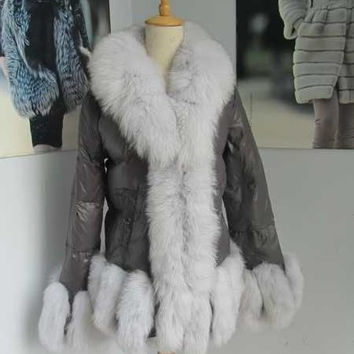 new fashion  winter lady's  puffer jacket/ popular parka with fox fur trim free shipping