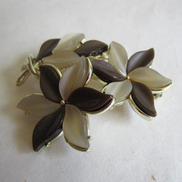 Vintage 1970s CORO Brooch Taupe and Brown Flower Thermoset Gold Tone 70s Signed Pin