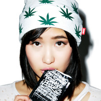 D9 Reserve All Over Mary Jane Beanie