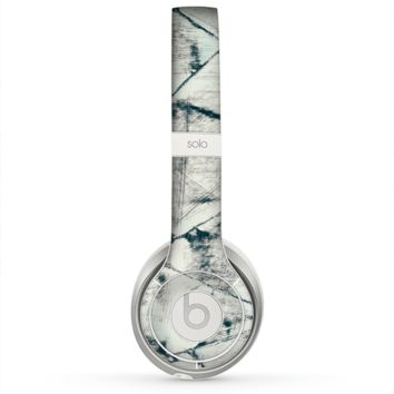 The White Cracked Woven Texture Skin for the Beats by Dre Solo 2 Headphones