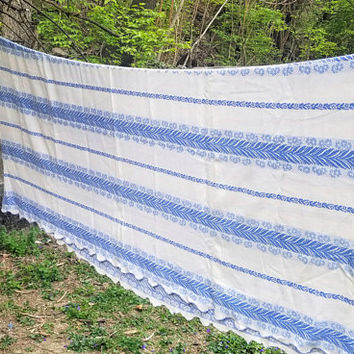 Vintage Blue and White Cotton Woven Summer Bedspread Coverlet Twin Size