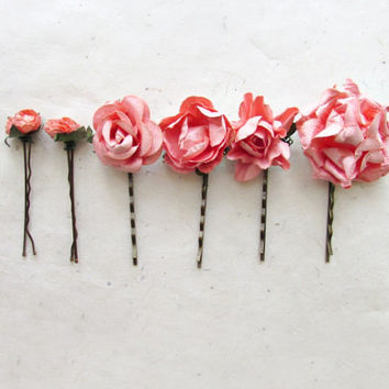 Coral Peach Hair Flower Pins Set of 6. Tropical Peachy Pink Paper Flower Hair Pins for Shabby Chic Wedding. Paper Flower Hair Accessories