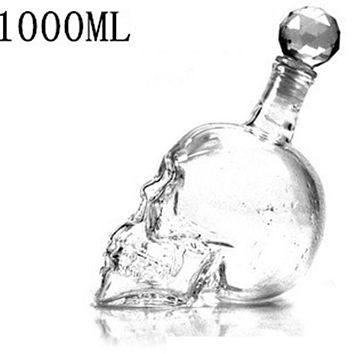 DUOLVQI Crystal Head Vodka Bottle Skull Head Bottles Creative Gothic Wine Glass Cup Decanter Wine Glass Bottle with Tap