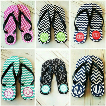 Personalized Flip Flops ~ great for adults, youth, bridesmaids and more ~ Monogram Flip Flops