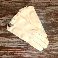 Vintage Cream Cotton Beaded Gloves, Bow Accent, New with Tags, Short Kid Gloves, 1950's Mid Century Womens Accessory, Size 7, Bridal Wedding