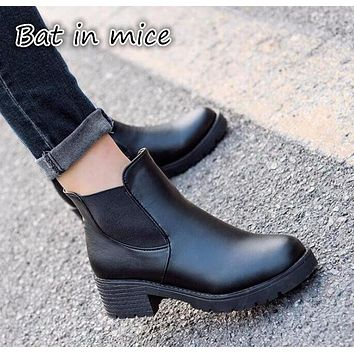 Promotional Winter Autumn PU leather Women Boots Platforms Square pump Martin Paint Leather Boots Motorcycle Botas Shoes women