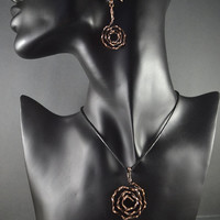 The set of the jewellery, earrings and the pendant, spiral earrings, earrings of metal, necklace of metal, set of copper, gift for her