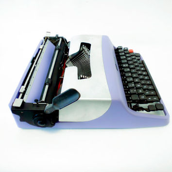 VIOLET HILL - Typewriter Olivetti - Vintage - Portable Manual typewriter - new ribbon INCLUDED