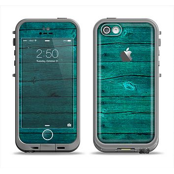 The Bright Emerald Green Wood Planks Apple iPhone 5c LifeProof Fre Case Skin Set