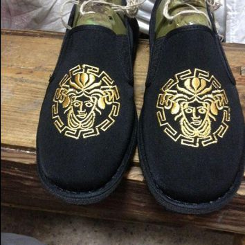Versace Trending Women Men Casual Embroidery Canvas Flat Sport Shoe Sneakers