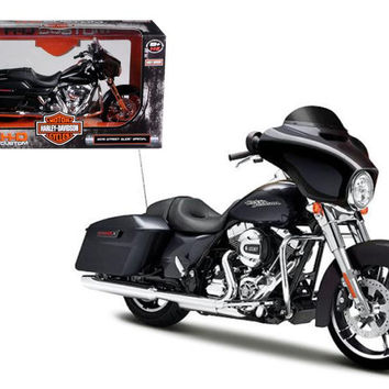 2015 Harley Davidson Street Glide Black 1-12 Motorcycle Model by Maisto