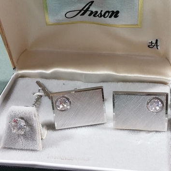 Mens Vintage Cufflinks Tie Tack Set Anson Silver Tone Metal Clear Crystal Embellishment Brushed Silver Beveled Edge Very Nice Looking Set