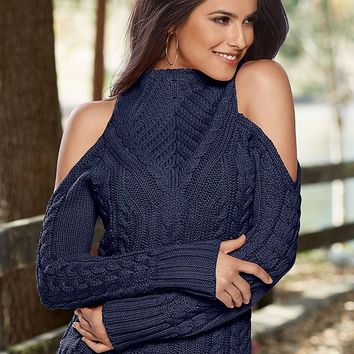 VENUS | Mock Neck Cable Sweater in Navy