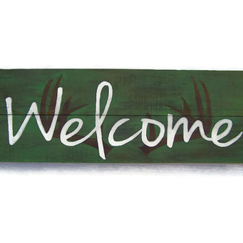 Antler Silhouette, Barn Wood, White Welcome sign, Hunter, Fall decor, Rustic wood, primitive, Cabin, Home Decor, Pallet Wood, Reclaimed