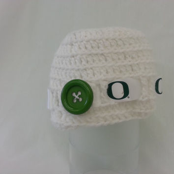 FREE SHIP- Oregon Duck White Green Crochet Baby Hat-Duck Ribbon