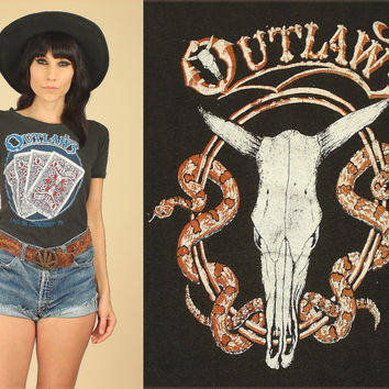 ViNtAgE 70's OUTLAWS T-Shirt // 1979 Tour // Ghost Riders in the Sky // Black Cotton Tee // Country Western Rock and Roll // Womens S / M